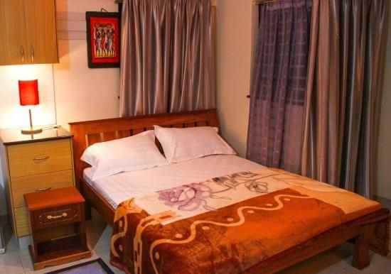 eron-hotel (4)